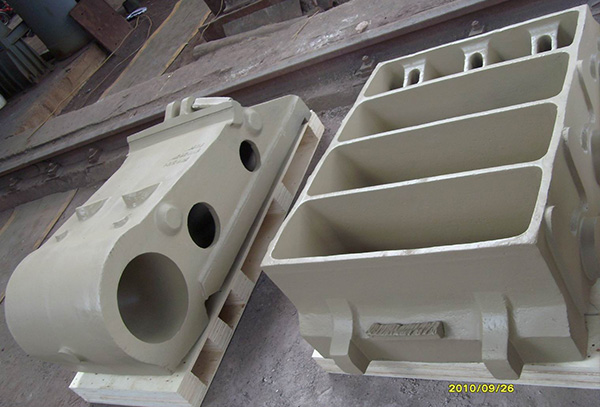 Jaw crusher casting